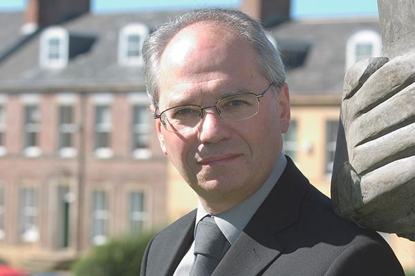 Roger Kelly