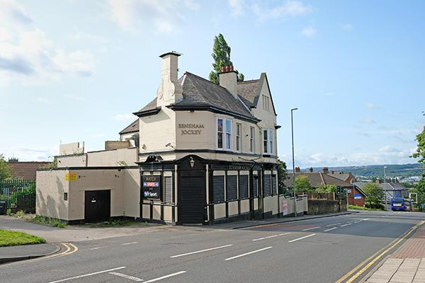 Pub on Bensham Road
