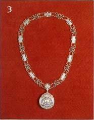 The Deputy Mayor's chain
