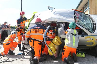 UKRO rescue vehicle extraction