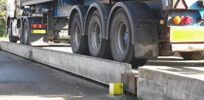 weighbridge-with-lorry